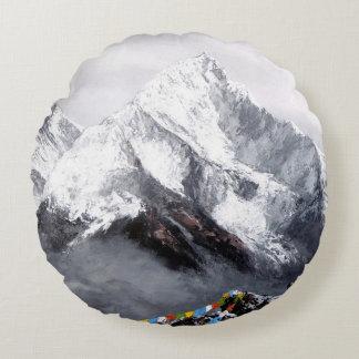 Panoramablick von Everest-Berg Rundes Kissen