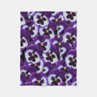 Pansy-Blumenstrauß, kleine lila weiße Blumendecke Fleecedecke