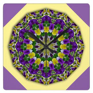Pansy, Stiefmütterchen-Natur, Blume-Mandala 002 Quadratische Wanduhr