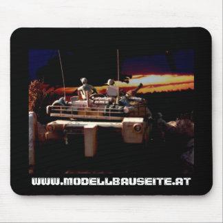 Panzer im Diorama Irak, www.modellbauseite.at Mousepads