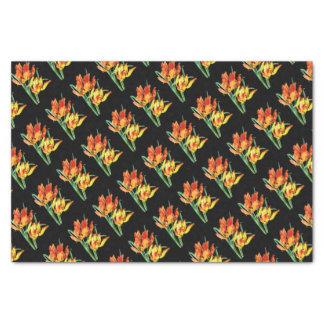 Papageien-Tulpen auf dem schwarzen Zeichnen Seidenpapier