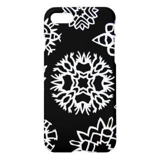 Papier-Schnitt-Schneeflocken iPhone 8/7 Hülle