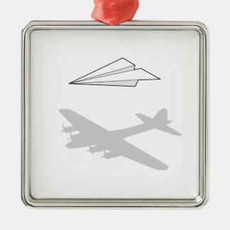Papierflugzeug-Overactive Fantasie Quadratisches Silberfarbenes Ornament