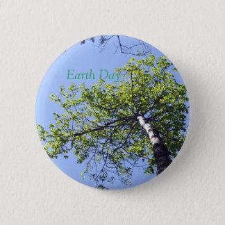 Pappel-Baum-Spitze und blauer Himmel Runder Button 5,1 Cm