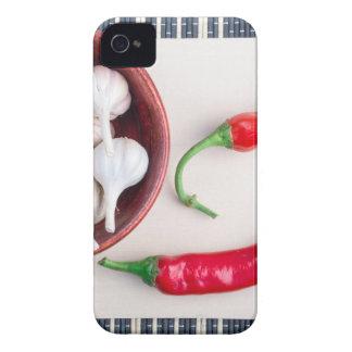 Paprika-Paprikaschoten und -knoblauch in einer Case-Mate iPhone 4 Hüllen
