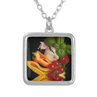 Paprikaschoten-Basilikum-Tomate-Knoblauch Versilberte Kette