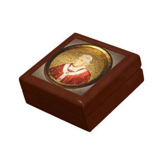 Papst Benedikt XVI. - B16 Kleine Quadratische Schatulle