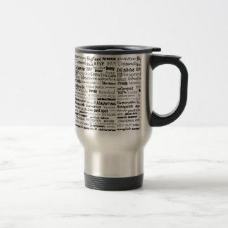 Paranormal trinkende Tasse