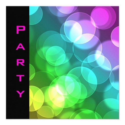 Party Einladung versieht schwarze rosa Blasen mit