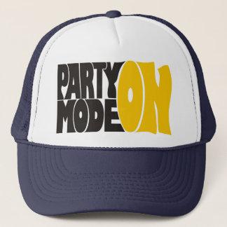 Party mode ON Truckerkappe