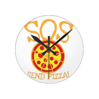 PAS! Senden Sie PIZZA! mit leckerer Runde Wanduhr