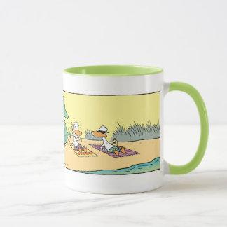 Passen Sie Croc von der lustigen Cartoon-Tasse auf Tasse