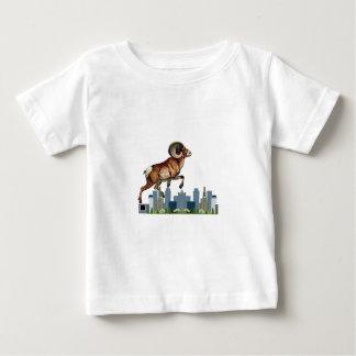 Passen Sie das RAM auf Baby T-shirt