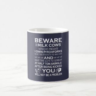 Passen Sie i-Milch-Kühe auf Kaffeetasse