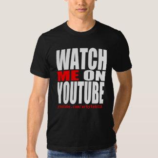 Passen Sie mich auf YouTube auf (modern) Tshirt