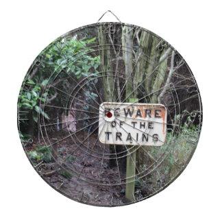 Passen Sie von den Zügen auf! - Strecke Dartscheibe