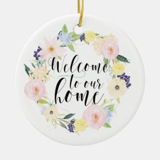 Pastellfrühlingblumenwreath-Willkommen zu unserem Keramik Ornament