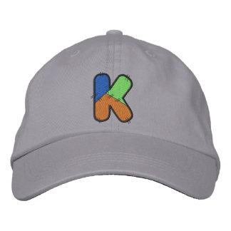 Patchwork-Buchstabe K Bestickte Kappe