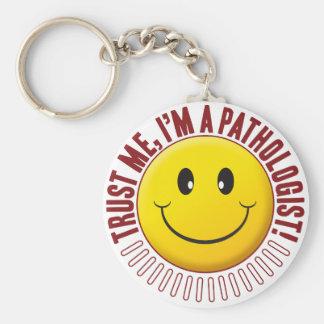 Pathologe-Vertrauens-smiley Standard Runder Schlüsselanhänger
