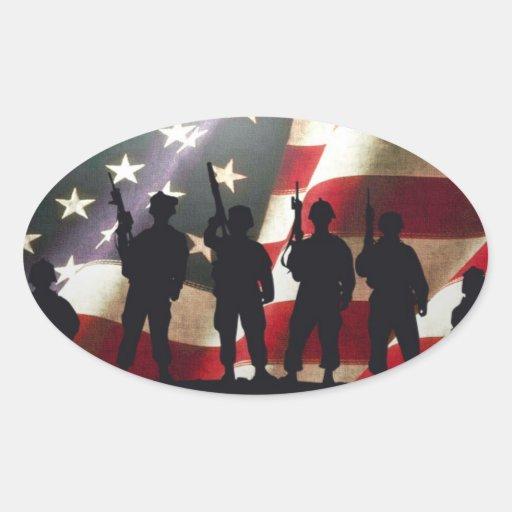 Patriotische Militärsoldat-Silhouetten Ovaler Aufkleber