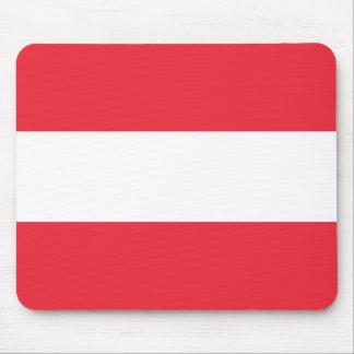 Patriotische österreichische Flagge Mousepad