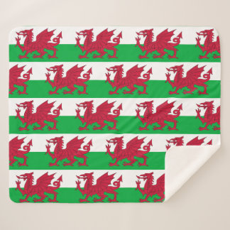 Patriotische Sherpa Decke mit Wales-Flagge Sherpadecke