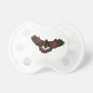 Patriotischer Adler-Falke im Flug, der Skizze Schnuller