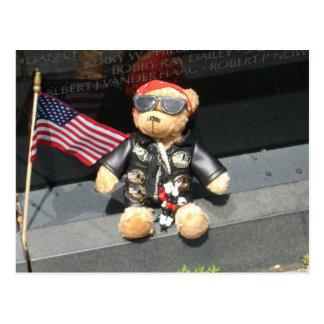 Patriotischer Bär verlassen an Vietnam-Veteranen Postkarte