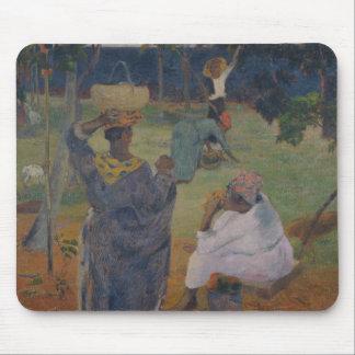Paul Gauguin - unter den Mangos bei Martinique Mousepad