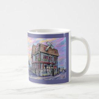 "Paul McGehee ""krankhafter Manor - Ozean-Stadt, Kaffeetasse"