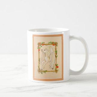 Pegasus-Pferd isst Äpfel Kaffeetasse