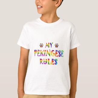 Pekingese ordnet Spaß an T-Shirt