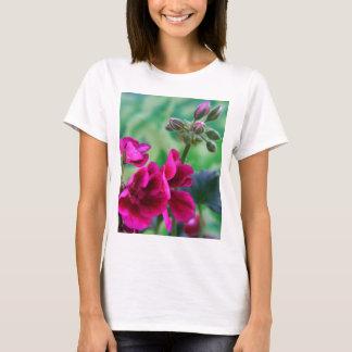 Pelargonie-Blüte T-Shirt