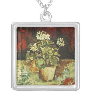 Pelargonie in einem Blumentopf Versilberte Kette