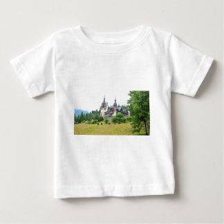 Peles Schloss in Sinaia, Rumänien Baby T-shirt