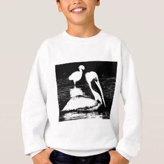 Pelikan mit Snowy-Reiher-schwarzer u. weißer Sweatshirt