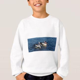 Pelikane mit Fischen Sweatshirt