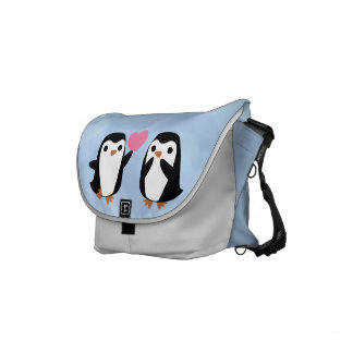 Penguins in der Liebe Kurier Tasche