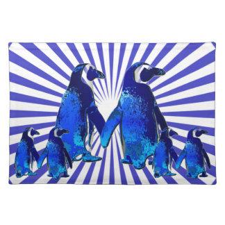 Penguins in der Liebe - Stofftischset