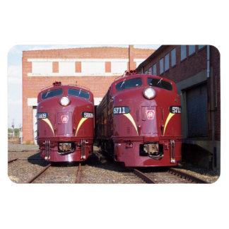 Pennsylvania-Eisenbahn E-8a, s (JTFS) 5809 und 571 Eckige Magnete
