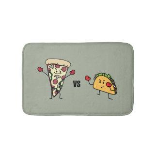 Pepperoni-Pizza GEGEN Taco: Mexikaner gegen Badematte