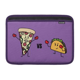 Pepperoni-Pizza GEGEN Taco: Mexikaner gegen MacBook Air Sleeve