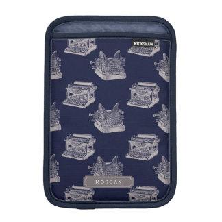 Personalisiert mit blauer Vintager iPad Mini Sleeve