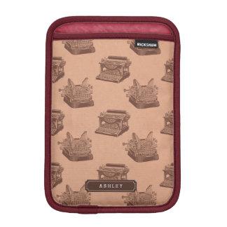 Personalisiert mit NamensVintager Schreibmaschine iPad Mini Sleeve