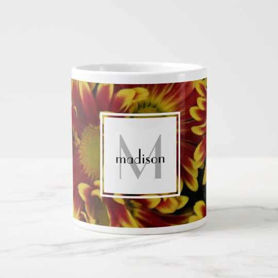 Personalisierte Blumen-, mutige Mamas, addieren Jumbo-Tasse
