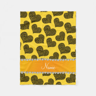 Personalisierte gelbe Leopardnamensherzen Fleecedecke