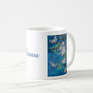 Personalisierte klassische Tasse mit Nachtmotten