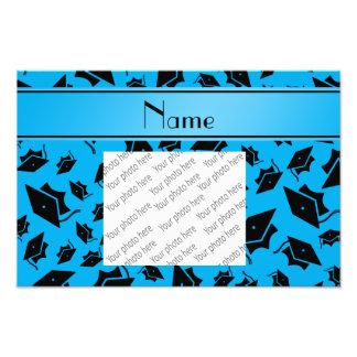 Personalisierte Namenshimmelblau-Abschlusskappe