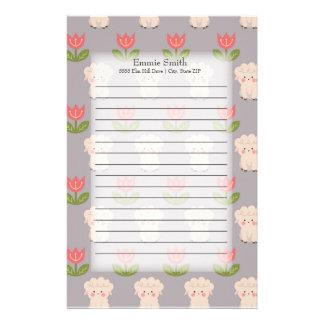 Personalisierte niedliche Schafe und rosa Blumen Briefpapier
