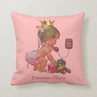 Personalisierte Prinzessin am Telefon mit Zierkissen